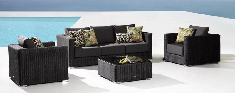 Stylish Outdoor Lounge